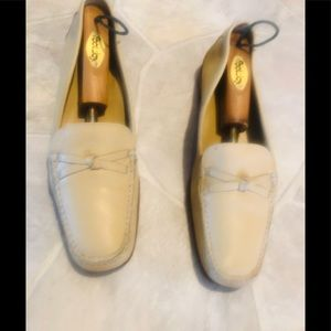 Cole Haan Nude Leather Loafers Sz 8.5B